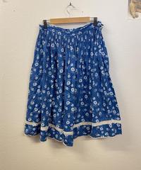 青空が広がるスカート1441