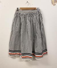 何気ない日々を過ごすスカート1600