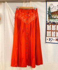 刺繍が素敵なスカート134