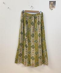 お姉さんの雰囲気が漂うスカート3533