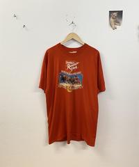 賢い馬たちのTシャツ3694