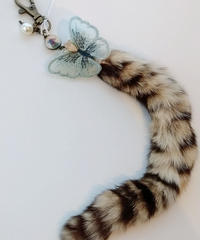 魔界ノ風鷹 K101-3 ネコのしっぽキーホルダー(蝶々)