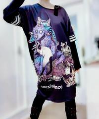【 Ouijaboard × Acryl BONES】コラボ AD4-T078 ギガマキシTsh ぐるぐるモンスターと妖の猫