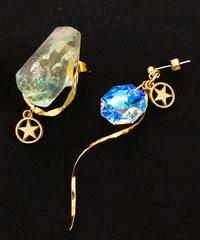 伴蔵装身具屋/ばんぞうそうしんぐや 魔鉱石と星屑の耳飾り(ピアス)99