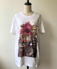 hellbent lab./ヘルベントラボ  ユニセックスTシャツ「海鮮四姉妹・人の目を持つ貝婦人の肖像」(Lサイズ)