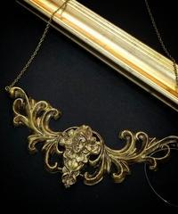 No.96 0525-AM8 ゴルゲット(gold)