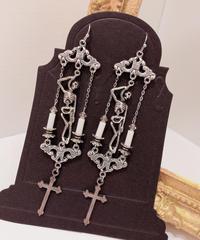 Phantom Jewelry/ファントムジュエリー 首吊り骸骨と十字架のピアス