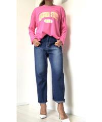 ルーズフィットロングスリーブロゴTシャツ (ピンク)