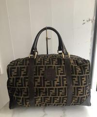 FENDI/ zukka design hand bag.(U)
