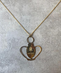 nina ricci/vintage gold design necklace.