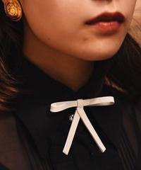 YSL / vintage leather ribbon choker.