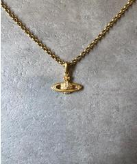 Vivienne Westwood/vintage gold orb motif necklace.