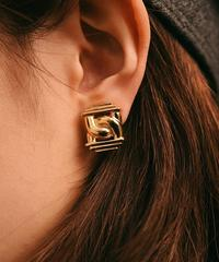 GIVENCHY/design earring.