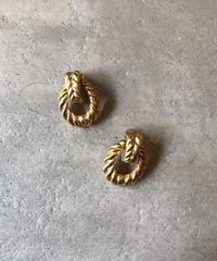 Christian Dior/vintage design gold  earring .