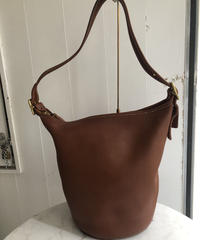 old coach/ duffle shoulder  bag. 422006A
