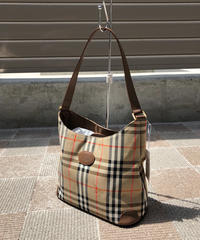 Burberry/nova check hand bag.415012H(S)