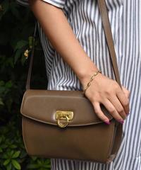 Salvatore Ferragamo/ Vintage ganging leather shoulder bag.