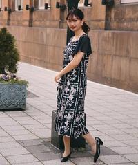 LAURA ASHLEY/ flower design sleeveless dress.