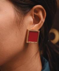 Salvatore Ferragamo /vintage square earring. /