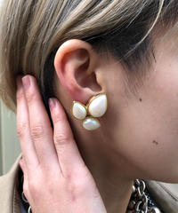 GIVENCHY/vintage  design earring. 427015A