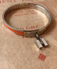 """HERMES/""""H"""" logo silver bracelet."""