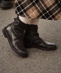 Ralph Lauren/ leather belt short boots.