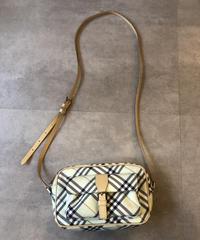 Burberry/vintage nova check shoulder bag.