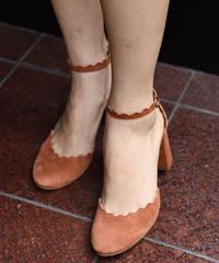 Chloe / vintage scallop suede sandal.