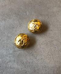 CHANEL/vintage  logo motif design earring .(S)