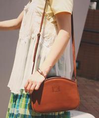 Burberry's/vintage leather shoulder bag.