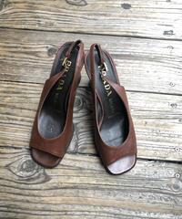 PRADA/ brown leather open toe sandal. 508006H