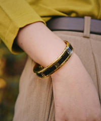 LOEWE/vintage gold logo motif bracelet.(U)