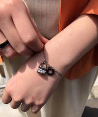 Chloe/ vintage silver key bracelet .  430013C(U)