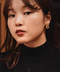 GIVENCHY/vintage gold design earring.(Paris)