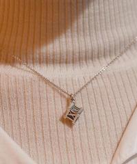 Tiffany&Co./vintage 'ATLAS'cube necklace. (U)