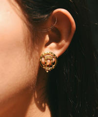 CELINE/vintage  logo design earring .  501007 A