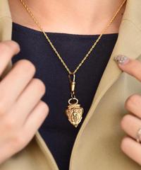 GUCCI/vintage design silver necklace.
