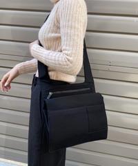 miu miu / vintage design shoulder bag.