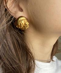 CELINE/vintage volume twist earring .  430001H(S)