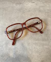 Ralph Lauren/ vintage tortoiseshell flame glasses.