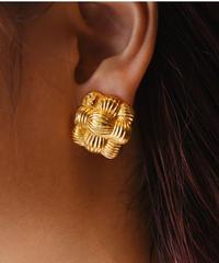 FENDI/ FF logo earring.
