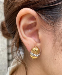 BURBERRY/ vintage design earring.515011 A