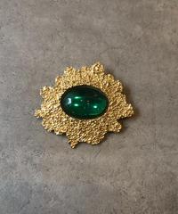 Yves Saint Laurent/vintage  gold design brooch.(U)