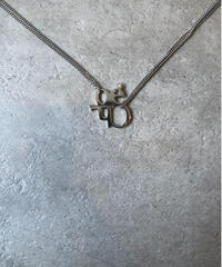 Chloe/design logo  motif silver necklace.
