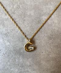 GIVENCHY/logo motif gold necklace.