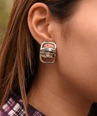 Salvatore Ferragamo / vintage vara motif earring.