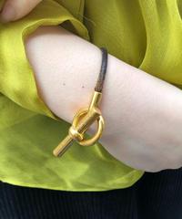 HERMES/ vintage toggle gold bracelet.  430017H