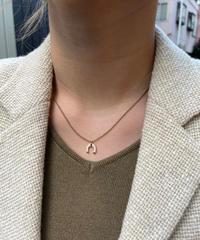 Chloe / vintage horse  shoe gold necklace.(U)1