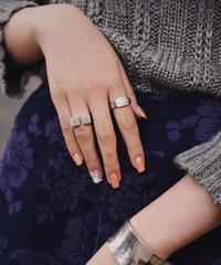GUCCI/ vintage design ring.