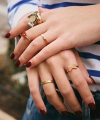 Chloe/vintage  gold rings.